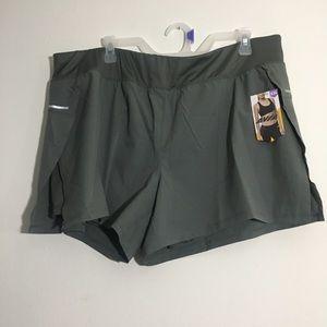 NWT Olive Plus Size Activewear Shorts